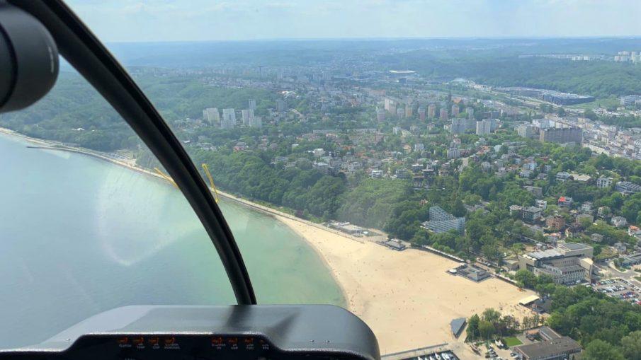 Lot widokowy nad miastem